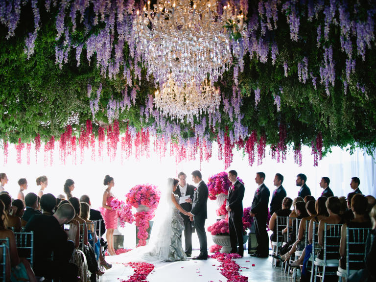 Our top 7 ways to include flowers in your wedding decor dream download our tips junglespirit Choice Image